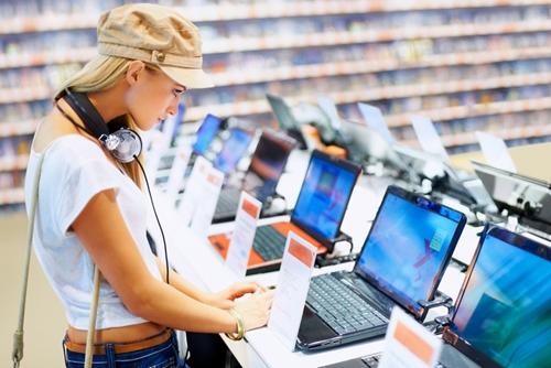 Sprawdź, jak wybrać laptopa – Poradnik eksperta